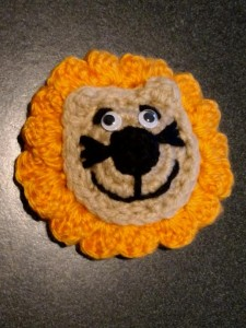 This lovely Lion  is just the perfect size for patching! Your little one will love it! Or, simply an applique for your child's apparel or a small bag. This is so versatile you will find many a use for this fun project!