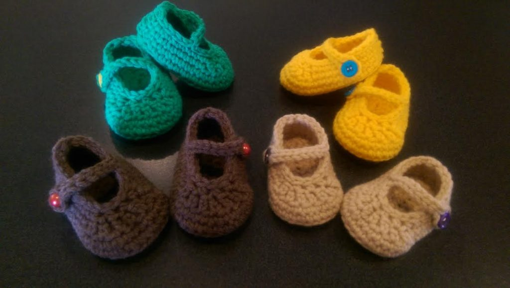 Free Babys First Crochet Mary Jane Booties Pattern Yarnwars